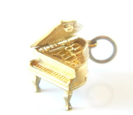 Gold Grand Piano Charm