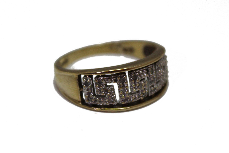 9ct Gent ring CZ £145 S 3.1