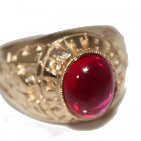 9ct Gents Ring Ruby £425 Z 11.7