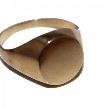 9ct Gents Ring signet £185 X (1)4.6g