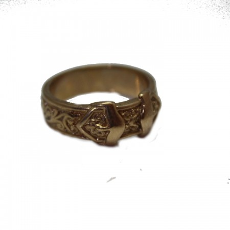 9ct buckle ring 9.6 325 V